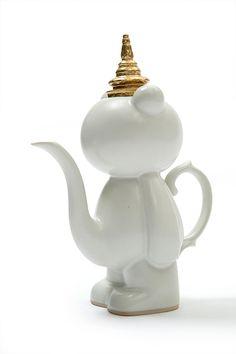 Pee Bear Teapot, by Ceramicist Vipoo Srivilasa.- Melbourne, Australia