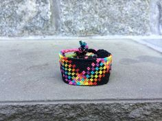 Rainbow Friendship Bracelet Pattern Number 12982 - For more patterns and tutorials visit our web or the app!