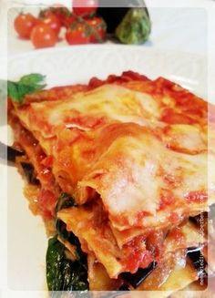 lasagne alla siciliana - Lasagne - different and delicious - Quinoa Recipes Italian Pasta Recipes, Sicilian Recipes, Spaghetti Soup, Crepes, Mozzarella, Pasta Bake, Gnocchi, Pasta Dishes, Cooking Recipes