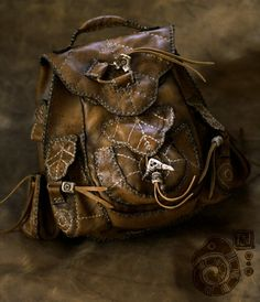 Finyas leathern apron LARP by RoastedMoth on DeviantArt Larp, Grunge Goth, Elvish, Fantasy Costumes, Leather Working, Leather Backpack, Leather Pouch, Leather Bags, Leather Satchel