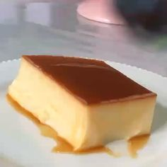 1 or 🤔 Tag a dessert lover! Cream Cheese Flan, Caramel Flan, Cake Recipes, Dessert Recipes, Cute Baking, Pastry Art, Low Carb Sweets, Desserts To Make, Cake Decorating Techniques