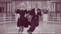 """La canzone è stata composta ed eseguita da Paolo Conte nel 1981. Le tre scene video sono tratte dai film """"Top Hat"""" (1935), """"Shall We Dance"""" (1937) e """"Swing Time"""" (1936) interpretato da Fred Astaire e Ginger Rogers."""
