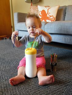 nokoikonomia: Easy Peasy Threading Baby Activity Jar