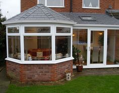 P-Shaped Conservatory - Twyford Windows Lean To Conservatory, Victorian Conservatory, Conservatory Decor, Lean To Roof, Conservatory Extension, Future House, Home Remodeling, Gazebo, Shed
