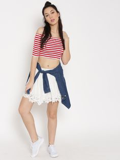 01384cdfa2c4b9 Buy FOREVER 21 Women Red   White Striped Off-Shoulder Crop Top online