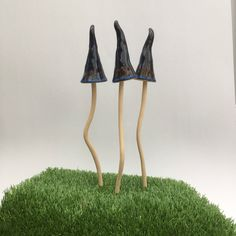 3 Ceramic toadstools, Garden mushrooms, Garden Toadstools, Garden gift, Garden ornament, Ceramic Toadstools for the garden, fairy garden, by RJPotteryshop on Etsy https://www.etsy.com/uk/listing/564064079/3-ceramic-toadstools-garden-mushrooms