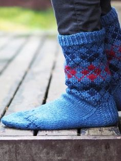 Nordic Yarns and Design since 1928 Warm Socks, Useful Life Hacks, Crafts To Do, Leg Warmers, Sewing, Knitting, Sneakers, Accessories, Shoes