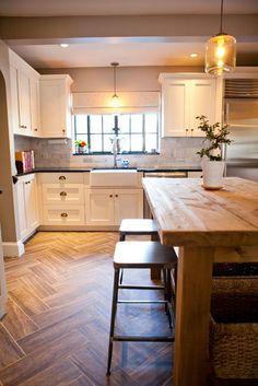 Lani Zervas - traditional - kitchen - boston - Tess Fine