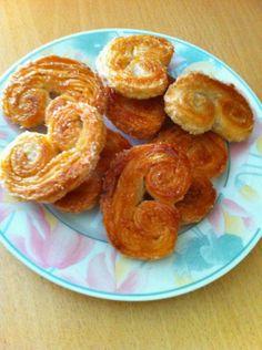 BÜYÜKADANIN MEŞHUR PALMİYE KURABİYESİ Adaya ne zaman gitsek mutlaka palmiye kurabiyelerinden satın alırım. En sevdiğim kurabiyelerden birid...