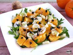 Ensalada de naranja con bacalao.Una riquísima ensalada llena de vitaminas y antioxidantes, con un expectacular contraste de sabores que os encantará.
