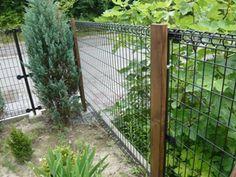 お気軽DIY ★鉄製フェンスの模様替え★ | もっこうパパのDIY ~だから、いつも、安上がり(^o^;)~ Small Garden Plans, Garden Planning, Fence, Pergola, Exterior, Outdoor Structures, House, Gardening