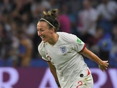 Lucy Bronze's performance in England's World Cup quarter-final win over Norway was so impressive it had her coach, Phil Neville, renewing calls for the to win the Ballon d'Or. Football Girls, Football Players, Female Football, Women's Football, Soccer Art, Play Soccer, Fifa Women's World Cup, England Football