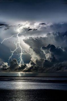 Lightning storm over water Lightning Photography, Storm Photography, Landscape Photography, Nature Photography, Beautiful Nature Wallpaper, Beautiful Sky, Beautiful Landscapes, Landscape Pictures, Nature Pictures