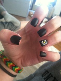 Fun summer nails! (I would change the black to a lighter color)