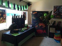 Godzilla birthday party Birthday Party Images, 6th Birthday Parties, Dad Birthday, Birthday Party Decorations, Birthday Ideas, Godzilla Party, Godzilla Birthday Party, Dinosaur Party, Dinosaur Birthday