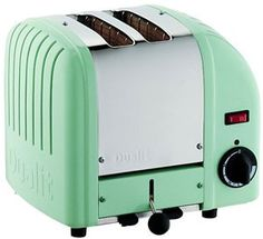 If you are looking for a toaster with a look that is both retro and good design then you have found undeniably the best one on the market, the Dualit Vario.
