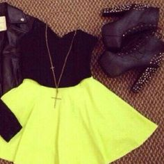 skirt top shoes high waisted short style yellow elegant boots black top high waisted skirt short