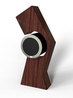 Modular speaker design that allows for a myriad of beautiful stands, and avoids the pitfalls of traditional box shaped speakers, like resonance and cabinet coloration.