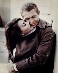 """""""Des milliers et des milliers d'années  Ne sauraient suffire  Pour dire  La petite seconde d'éternité  Où tu m'as embrassé  Où je t'ai embrassée  Un matin dans la lumière de l'hiver"""" J. Prévert"""