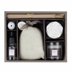 Set Aromático Sweet Home - Luminaria Regalos Cristianos Bathroom Medicine Cabinet, Sweet Home, Towel, Calm, Shopping, Environment, Personalized Gifts, Christian Gifts, Free Quotes