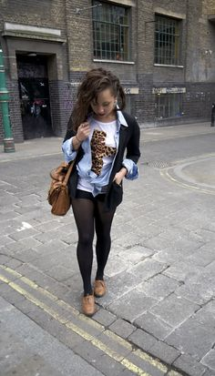 I love Beauty Crush and everything about this. Samantha Maria, Beauty Crush, College Outfits, Fashion Advice, Fashion Ideas, Classy And Fabulous, Fashion Lookbook, Short Outfits, Fashion Sketches