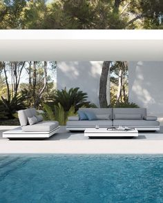 garden collection by MANUTTI, design Gerd Couckhuyt. Outdoor Rooms, Indoor Outdoor, Outdoor Living, Outdoor Decor, Outdoor Lounge, Indoor Pools, Outdoor Seating, Gazebos, Dream Pools