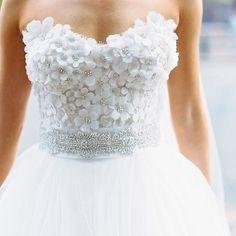 Bridal wear inspiration: pic via @carinesbridal tgif #bridalfashion #whitewedding