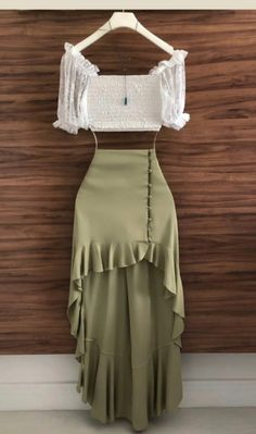 Cute Casual Outfits, Pretty Outfits, Stylish Outfits, Crop Top Outfits, Skirt Outfits, Stylish Dresses, Cute Dresses, Latest African Fashion Dresses, Looks Chic