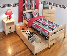 Sports-Themed Boys Rooms – Sports Bedding, Window Treatments and Wall Decor