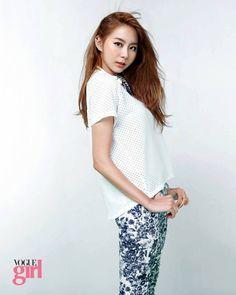 After School Uie- Vogue Girl Korea - June 2013 Kpop Girl Groups, Kpop Girls, Uee After School, Girl Korea, Girls Magazine, Yu Jin, Korean Actresses, Girl Costumes, Pop Fashion