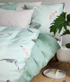 Wohnidee: Frisch ins neue Jahr mit unseren Bettwäsche-Neuheiten Comforters, Blanket, Bed, Home, News, Fresh, Creature Comforts, Quilts, Stream Bed
