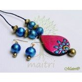 handmade-terracotta-jewelry-small-set-tsc24 http://www.maitricrafts.com/terracotta-sets/small-size-sets http://www.maitricrafts.com/