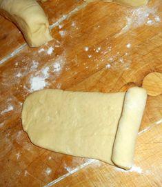 Mäkučké buchty s lekvárom (fotorecept) - obrázok 10 Dairy, Cheese, Food, Basket, Eten, Meals, Diet