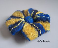 Flower felt broochElectrical blueyelow accessories by ArteAnRy, Felt Brooch, Trending Outfits, Unique Jewelry, Handmade Gifts, Flowers, Blue, Etsy, Accessories, Vintage