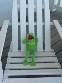 Kermit The Frog Gif, Sapo Kermit, Sapo Meme, Frog Wallpaper, One Of The Guys, Frog And Toad, Cute Disney Wallpaper, Meme Faces, Elmo