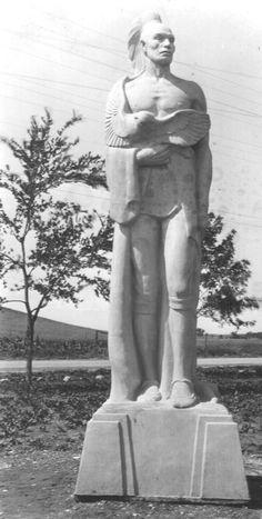 Statue of Black Hawk by Harry E. Black Hawk, To Go, Statue, Places, Art, Craft Art, Kunst, Gcse Art, Sculpture