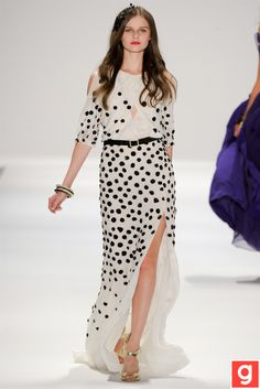 I love the draping and the staging of the polka dots