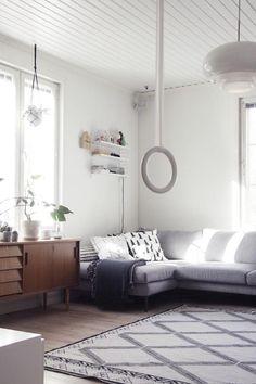 Uusi senkki / olohuone