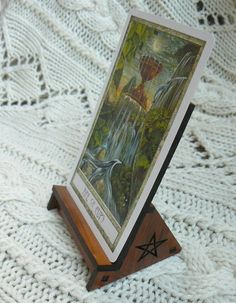 Love this idea of a Tarot Card stand to display daily cards.