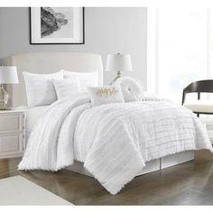 White Comforter Bedroom, Queen Comforter Sets, Bedroom Bed, Bedding Sets, Bedroom Decor, Bedroom Ideas, Master Bedroom, White Bed Comforters, Modern Comforter Sets