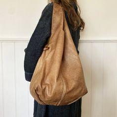 Numero 10 Golden State Oversized Leather Shoulder Bag
