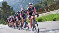 20 Best Women s Cycling images  62d7e0e9b