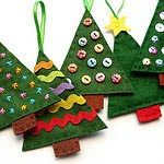 Diy Felt Christmas ornaments New Felt Christmas Tree ornaments Diy What A Fun Way to Use Your Christmas Sewing, Christmas Crafts For Kids, Homemade Christmas, Christmas Projects, Christmas Fun, Holiday Crafts, Beautiful Christmas, Felt Crafts Kids, Burlap Christmas
