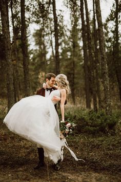 Fairytale wedding moment that will sweep you off your feet | Image by Ariana Tennyson Photography