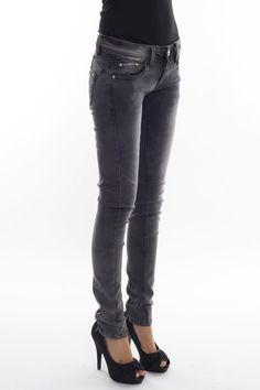 JANEY JEANS Grey vintage jeans.