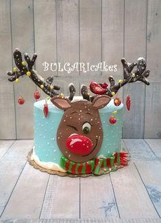 :) - cake by BULGARIcAkes - CakesDecor - Winter Christmas - Celebration Christmas Birthday Cake, Christmas Cupcakes, Christmas Sweets, Christmas Cooking, Christmas Mood, Noel Christmas, Christmas Goodies, Holiday Mood, Christmas Cake Designs