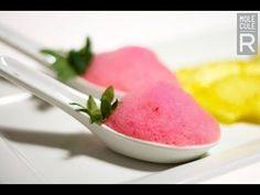 Molecular Gastronomy - Strawberry Foam