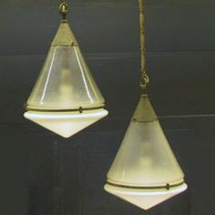 2 Awesome and very rare Peter Behrens lamps HL1159