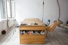 Multifunction Desk that Can Be Transformed Into Bed – Workbed - The Great Inspiration for Your Building Design - Home, Building, Furniture and Interior Design Ideas Office Bed, Home Office, Small Office, Beds For Small Spaces, Resource Furniture, Transforming Furniture, Tiny Apartments, Space Saving Furniture, Smart Furniture