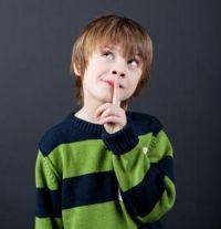 Kinder lassen sich leicht ablenken. Wir zeigen dir, wie du deinem Kind helfen kannst, sich wieder richtig zu konzentrieren.